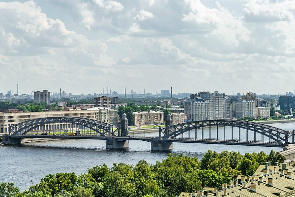 The Bolsheokhtinsky Bridge in St Petersburg, Russia - Photo courtesy of Alex Florstein, Wikimedia.