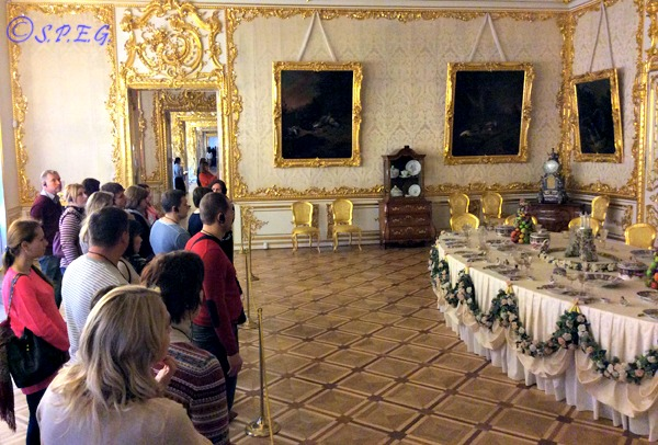 A group of tourists visiting Catherine Palace in St Petersburg, Russia.