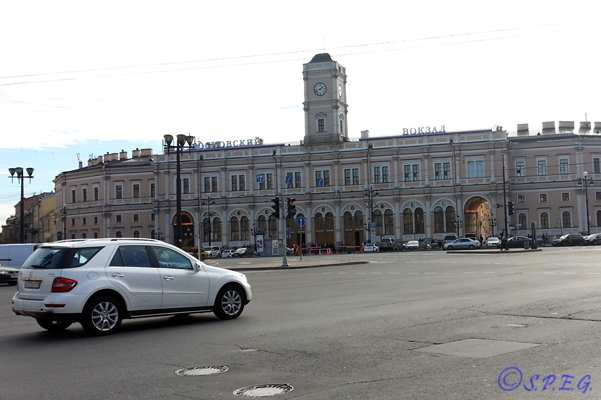 Hotels near St Petersburg Train Stations