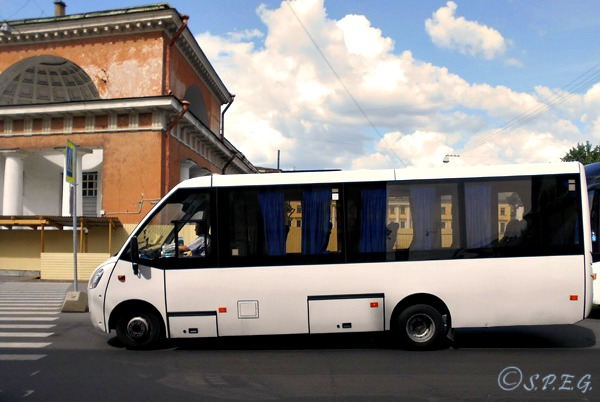St Petersburg Bus Tours