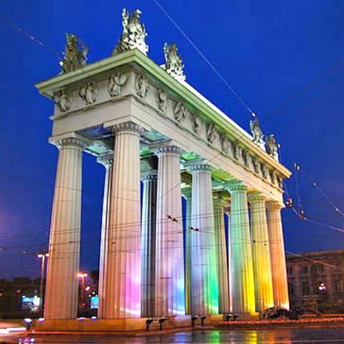The Moscow Triumphal Gate - Photo courtesy of Yury Gavrikov.