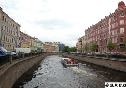 Getting around St Petersburg by boat.